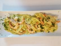foglie-di-ulivo-con-pesto-di-zucchine-e-gamberetti2