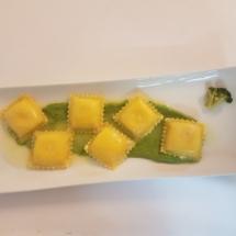 ravioli con broccolo