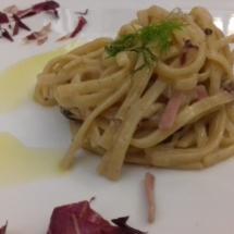 taglierini-speck-noci-radicchio